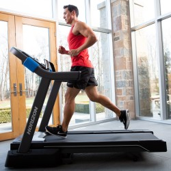 Horizon Fitness 7.0AT Treadmill
