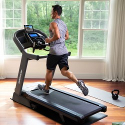 Horizon Fitness 7.4AT Treadmill